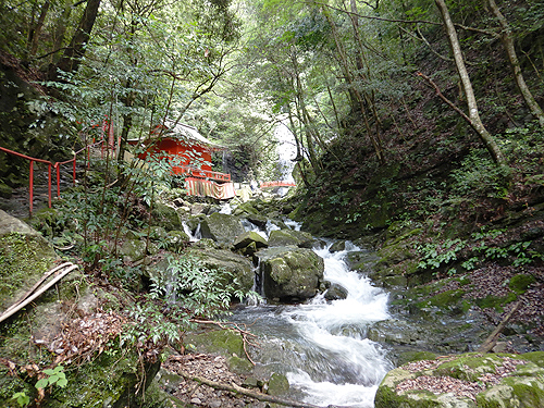 犬鳴山 渓流 ハイキングコース