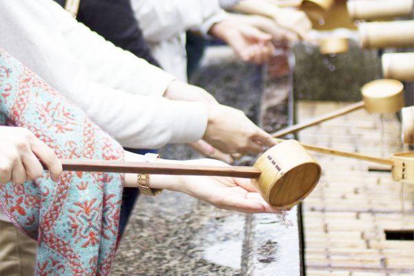 神社お参りの仕方手水