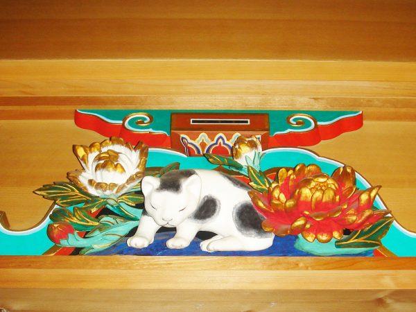日光東照宮眠り猫模型