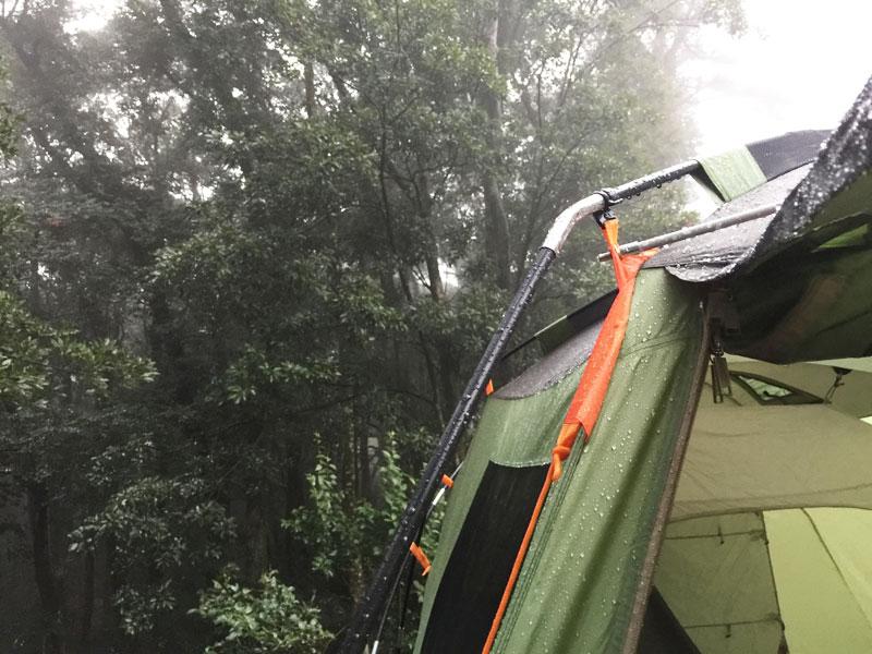 キャンプ大変_雨キャンプ