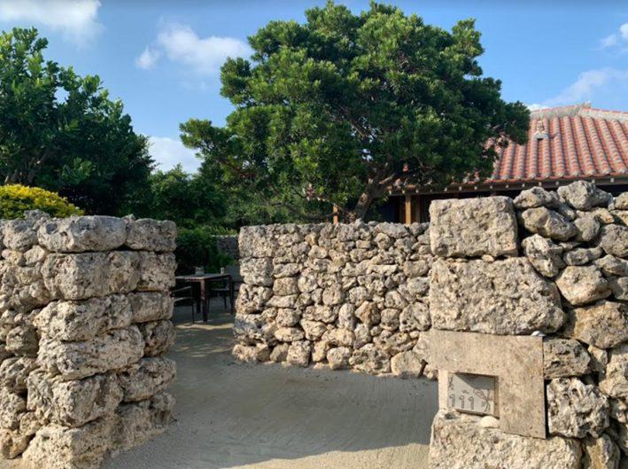星のや竹富島 石壁